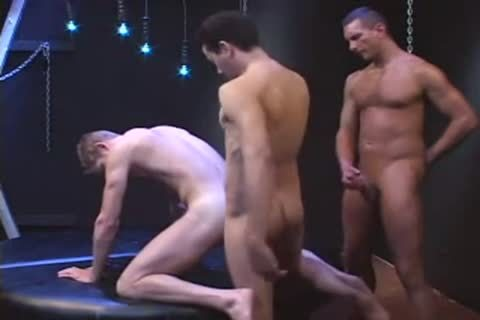 PISSING AND fucking AT THE SAME TIME