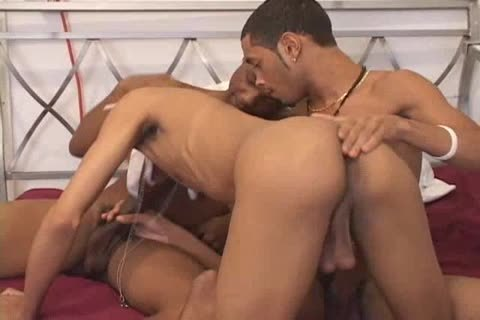 Black homo boys a hole ramming