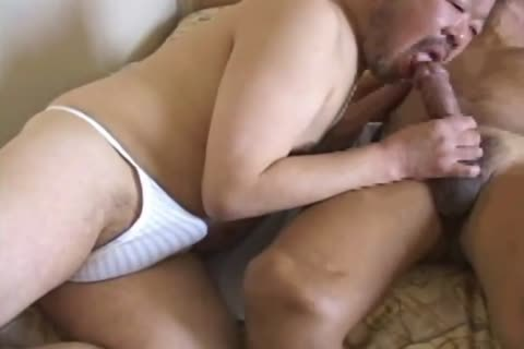 asian daddy guy Has His biggest dick Sucked By dirty Daddy Bear
