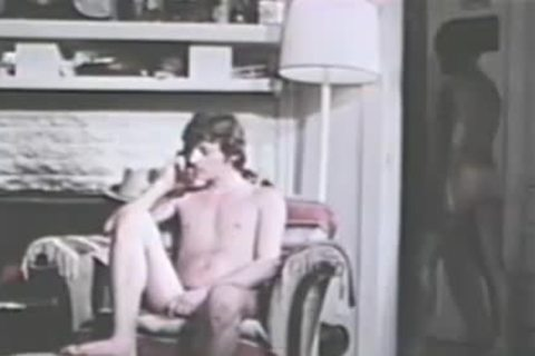 pretty Vintage guys Making Out