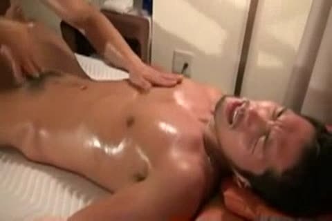 Japan gay Massage