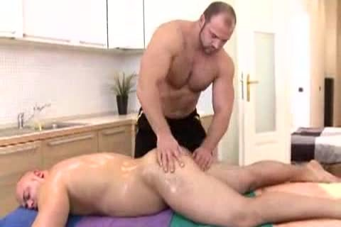Bull And Bear Massage duo