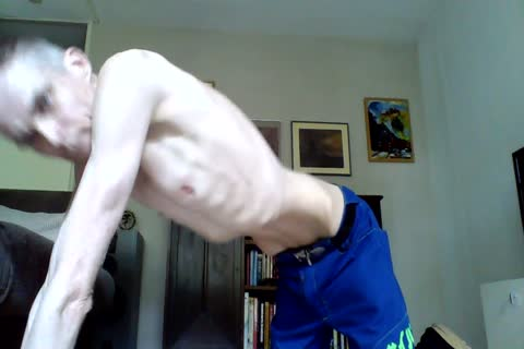 Just A stroking Vid With A Cumm shot, For All u Skinnylovers.