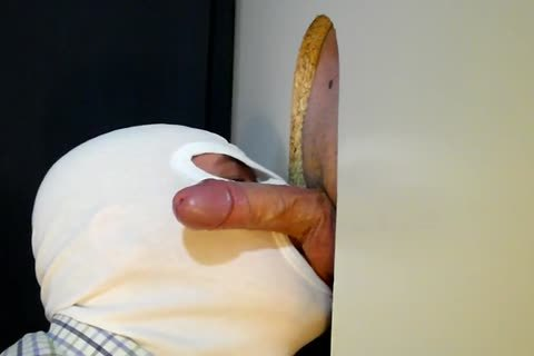 today The 34 Year daddy Business guy From clip No. 37 Returned To My Gloryhole For one more Suckoff. he Has Such A nice Piece Of schlong To Slurp On. This Time he acquires A Little Verbal Which I truly Love! And Of Course he Feeds Me one more humongo