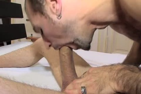 Steven Prior Sodomizing With T-Bow In This kinky Scene!