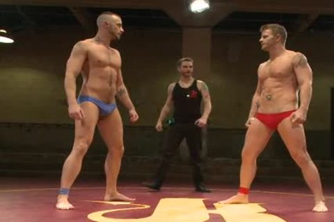 Muscle homosexual males Wrestling And anal nailing And Gangbanging On Mats