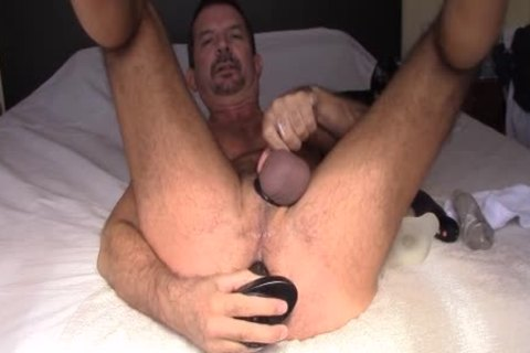 it's Fall In Buenos Aires And The Morning Sun Floods The Bedroom, I Love The Feeling Of The Sun On My Body And It Makes Me actually delicious.  I Play With My ass Plunger, Then Stuff The raw Dawg Up My ass And Then finally Use The Stronic Stroker To