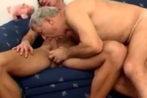 mature daddy With Younger plow On couch