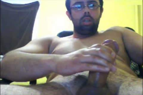 This Time Puts Camera Up Close On The Tip Of His Mushroom oral. Let Me Know If u Like.