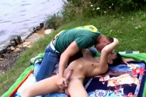 Nasty gay couple outdoor sex