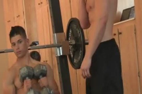 Gym gay sucking dick porn