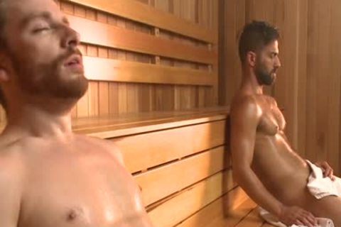 A gay stripper enjoys masturbating
