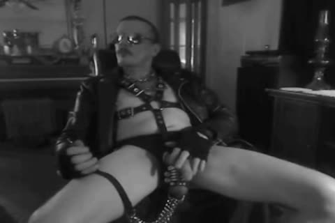 one greater amount Horned Up Smoking Ball Stretching Session In My Leather Gear And Boots. With My tied Up 10-Pounder And Stretched Balls On A Leash!!!
