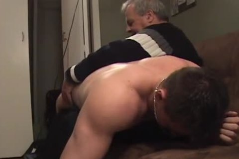 Hunk With Bubble ass acquires A spanking