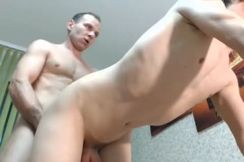 Old man and twink helping on cam