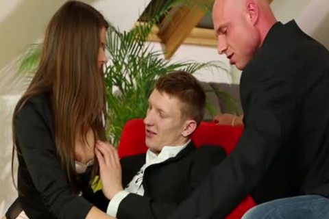Bisexual man cums skanks anal