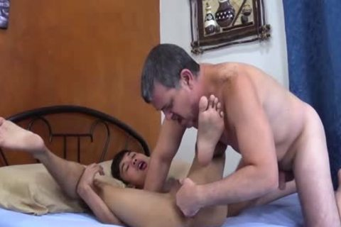 Daddy Barebacks asian lad Andrew
