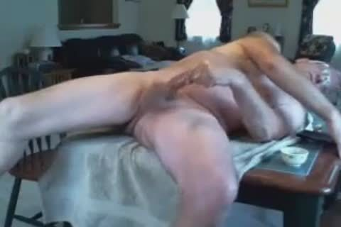 Dad wanks on the table