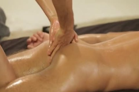 Intimate Massage that guy actually Needs