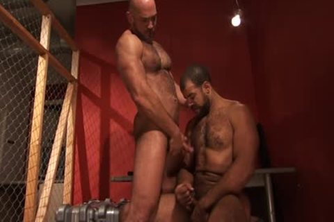A hairy Hung darksome Skinned Bear receives jizzed From A Great Member And wazoo bunch-sex Action