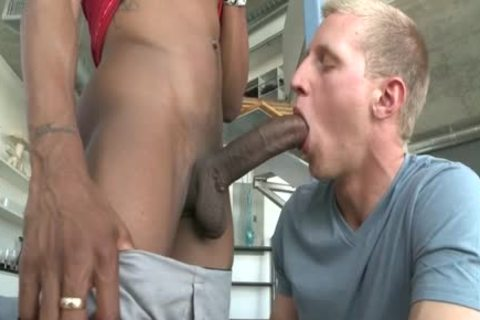 A Straight twinks acquires Tricked Into Slurping Some Frightening dark Skinned Hard Shaft