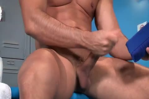Fifi fake penis For men With Sebastian Kross