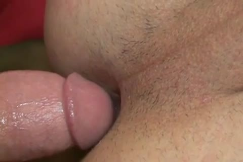 I Need A beefy Top To Control My butthole - BareSexyBoys.com