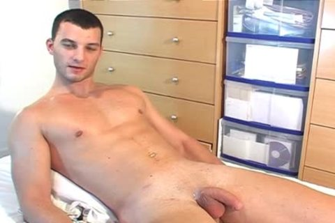Full video: A juicy blameless straight lad Serviced His large penis By A lad