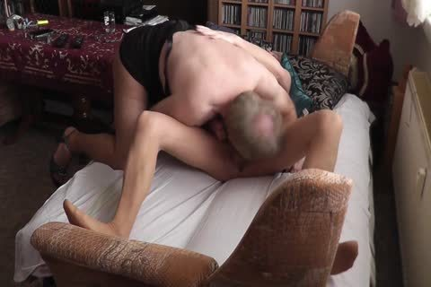 amateur - My old ally & I In pantyhose Petting (two Cams)