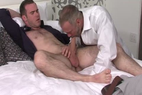 Silver Fox Dallas Steele And Clean Cut 10-Pounder Matthew Bosch sperm jointly