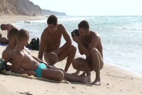 Jordan Fox And Hugo Martin In Beach Love