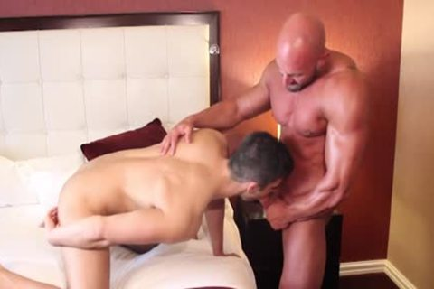 Muscle Bodybuilder fake penis And sperm flow