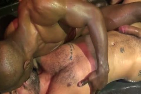 Sucking shlong and licking sweaty gay man ass