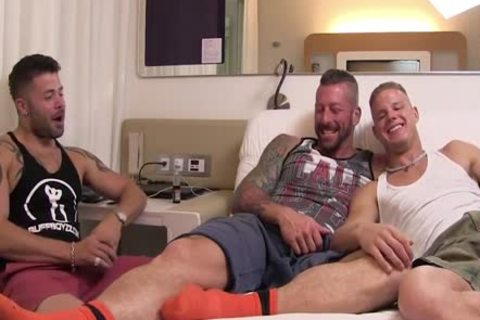 Muscled drilling A Blond man
