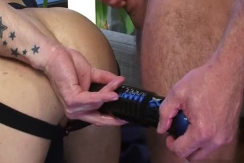 Muscle homosexual sex toy And ball cream flow