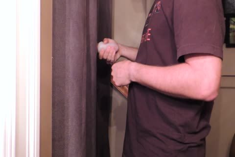 Straight 22 Year daddy With An 8 Inch Cut Trimmed penis Comes By My Gloryhole