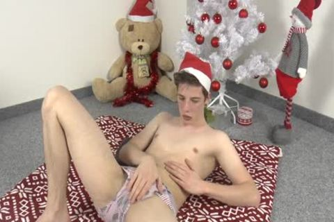 Santa's Helper Ariel Jerks Off
