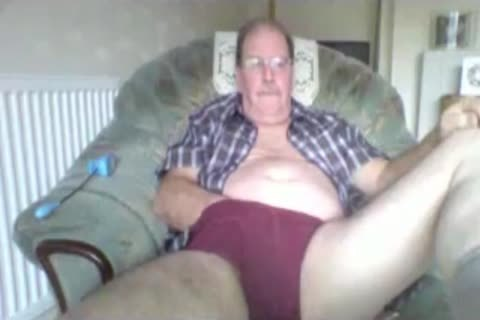 daddy man stroke On cam
