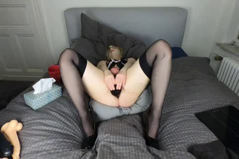 Sissy crossdresser lizzy gags on fake penis