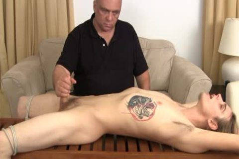 Berwovisio introduces penis men 2 the penis rack