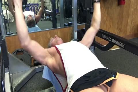 dad's naked Workout