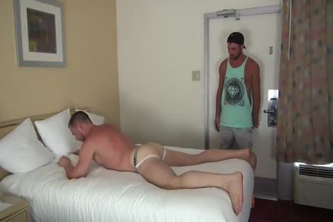 Muscle Bottom acquires Team-poked In Hotel Room