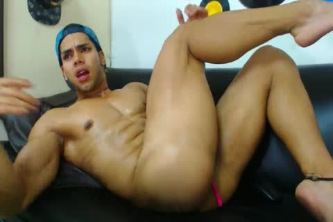 Muscle twink Latino Flexes And Jerks Off With Vibrating pooper toy On cam
