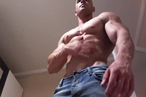 Muscle lad ass job and ejaculation