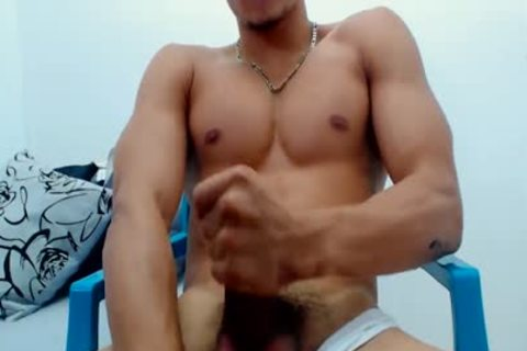 Teen levi lee jacking off with sextoy