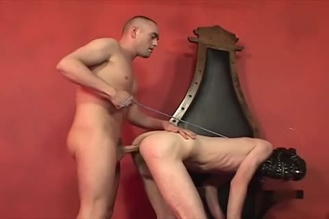 Hairy haired guy needs a ride gets barebacked