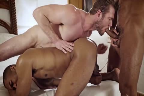 Muscle homo ace pound and cum flow