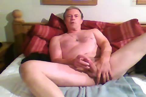 large Dicked daddy wanking 012