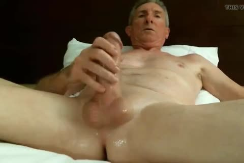 massive Dicked daddy jerking off 032