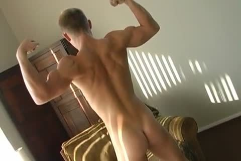blonde Muscle Hunk Solo